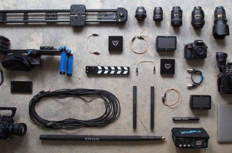 L'attrezzatura fotografica da portare in viaggio: Ecco la Checklist