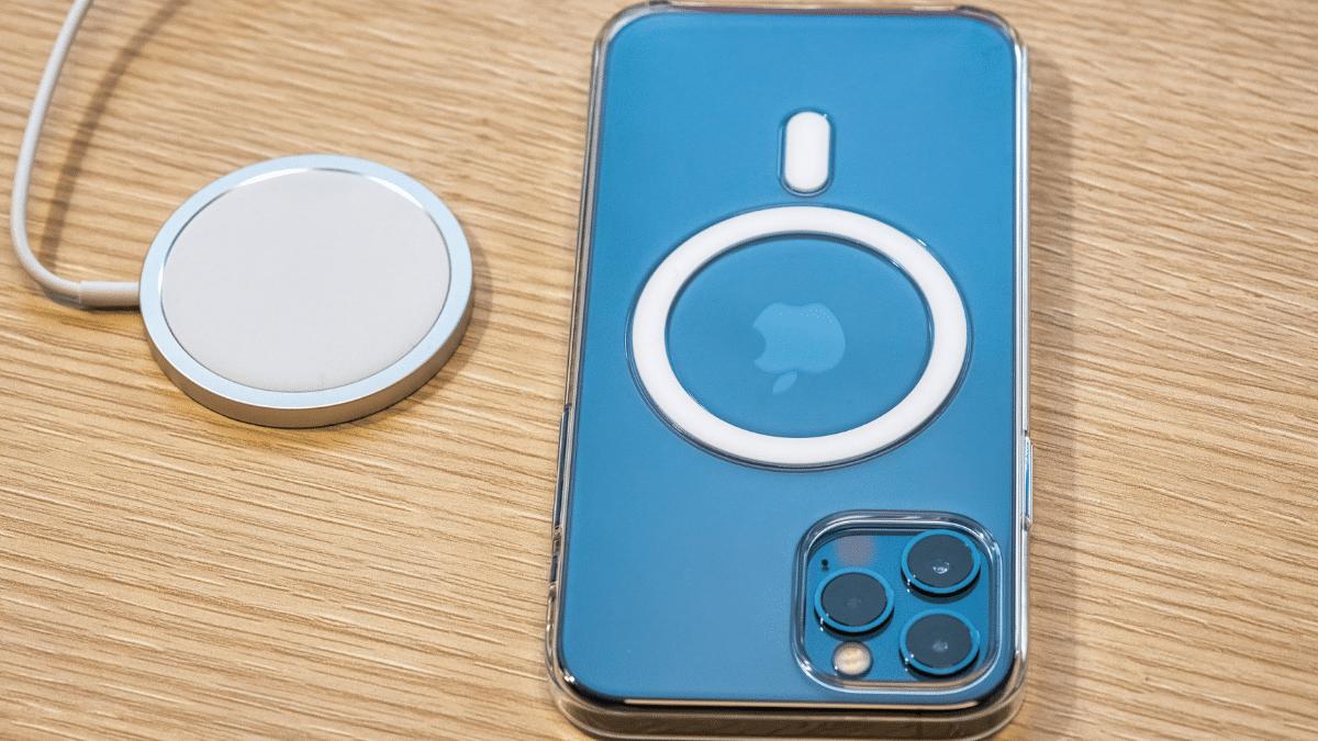 Quanto costa il caricabatterie dell'iPhone 12