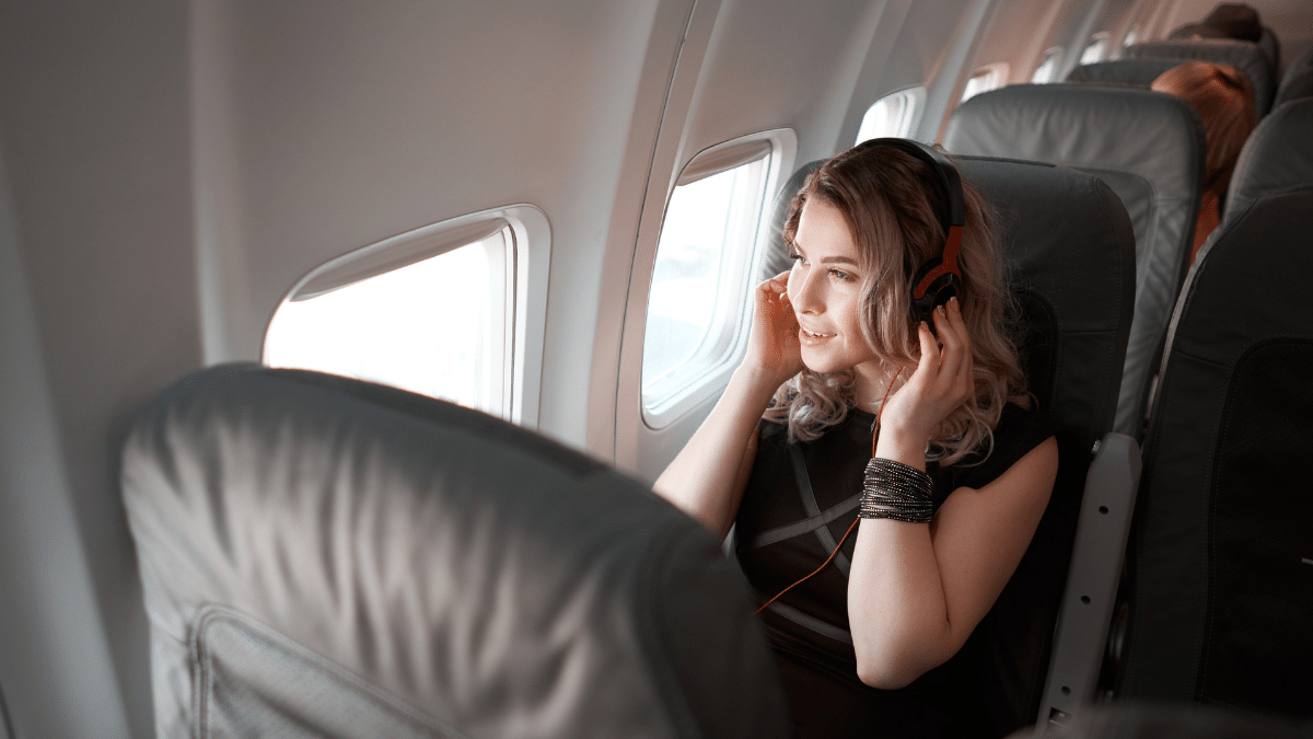 Si possono usare le cuffie wireless in aereo